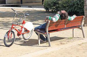 bicycle_resting_2011_09.jpg