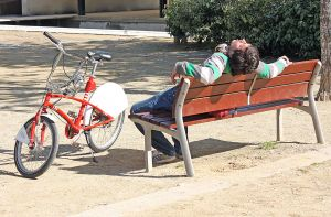 bicycle_resting_2011_09.jpg