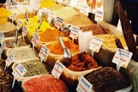 Keeping spices in your prepping supplies