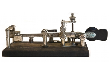 using morse code with a telegraph machine